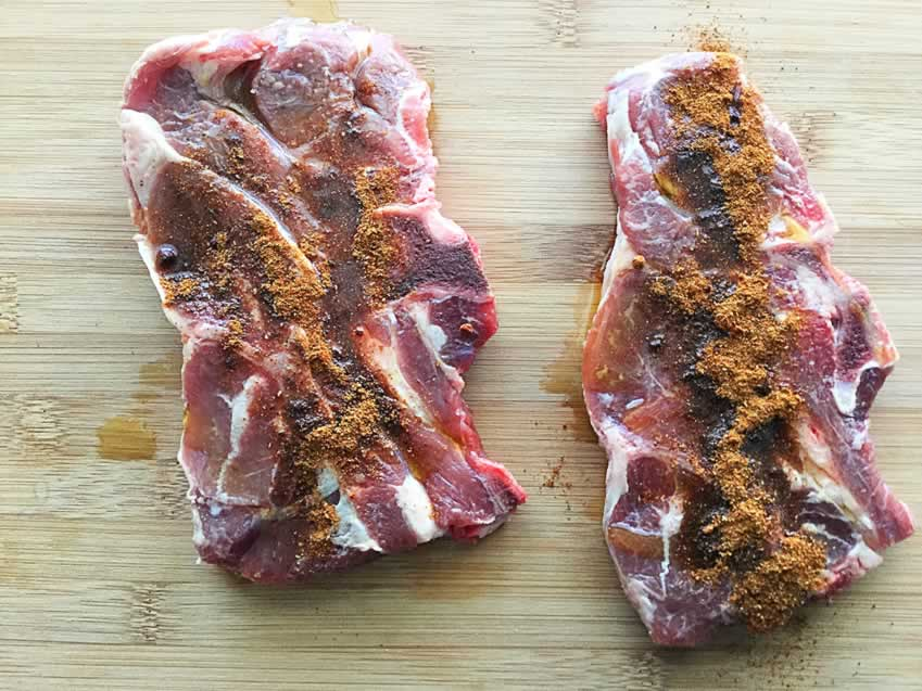 Lamb Chops Sprinkled with Spices