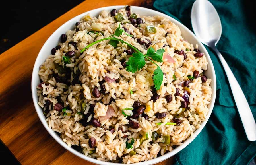 One Pan Cilantro Lime Rice (With Black Beans)