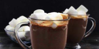 Slow Cooker Kahlua Hot Cocoa
