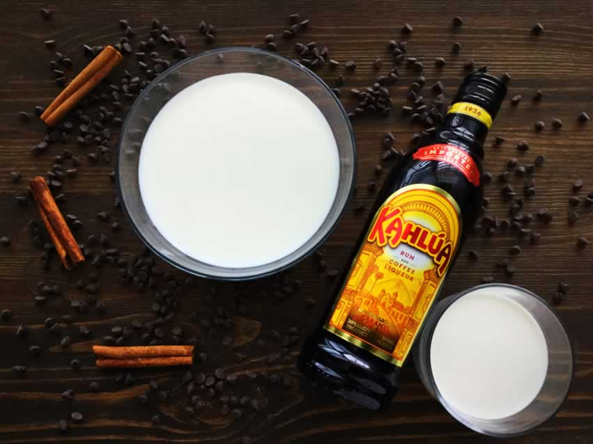 Slow Cooker Kahlua Hot Cocoa Ingredients