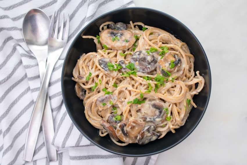 Creamy Garlic Herb Mushroom Spaghetti