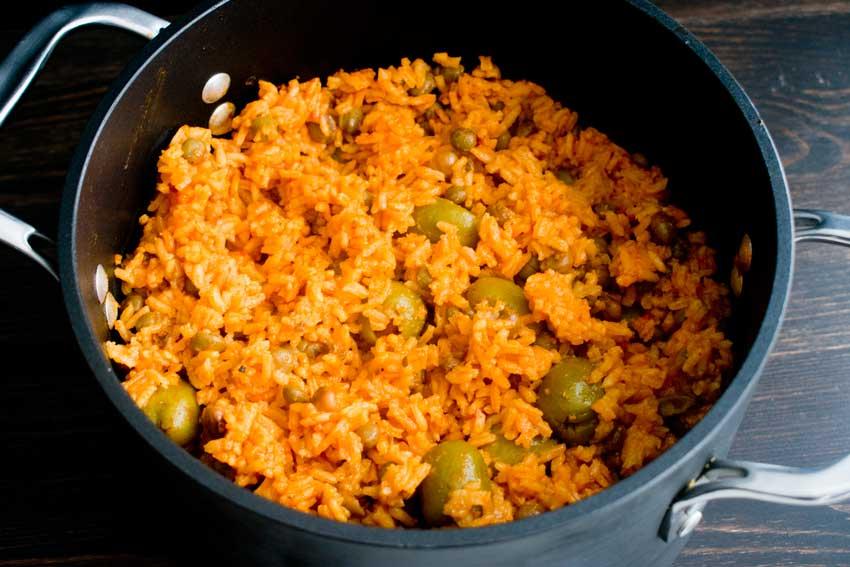 Rice with Pigeon Peas (Arroz Con Gandules) Process