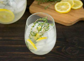 Lemon Thyme Gin Fizz