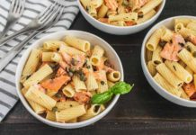 Light Lemon Garlic Pasta with Salmon