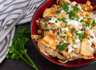 Lebanese Chicken Fatteh