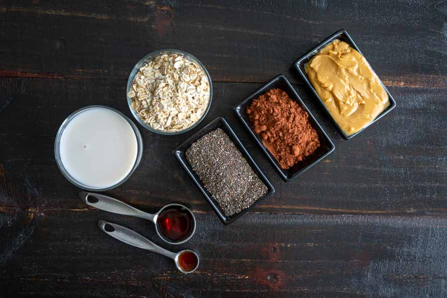 Chocolate Overnight Oatmeal Smoothie Ingredients