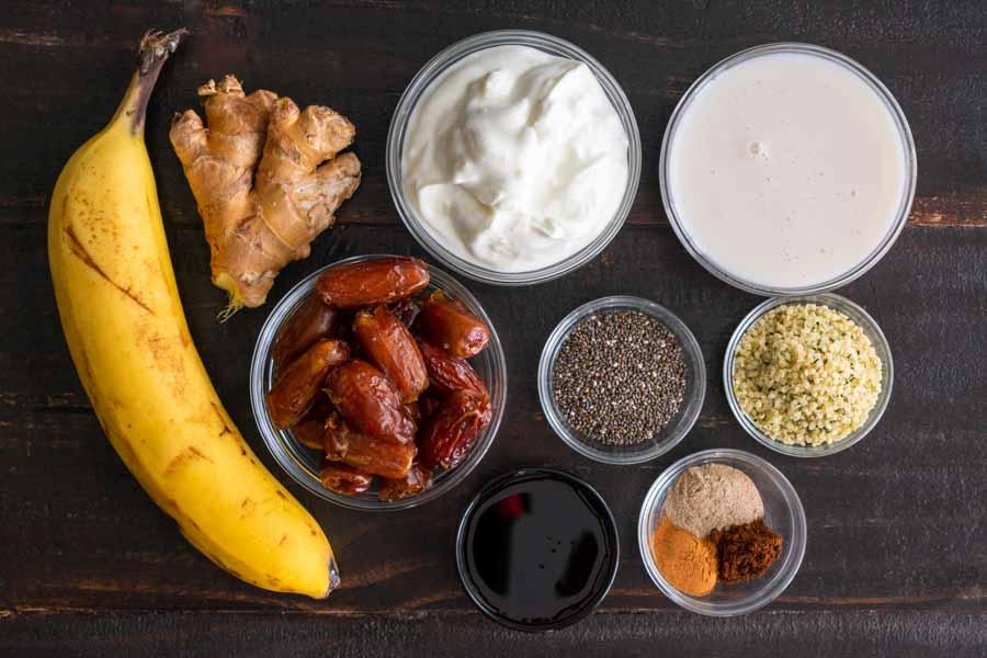 Healthy Chia Gingerbread Smoothie Ingredients