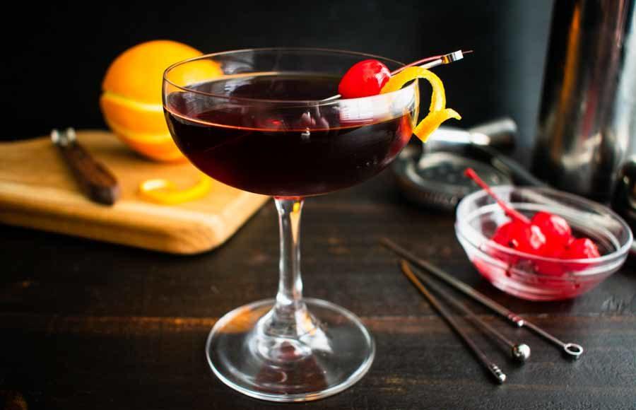Mahogany Manhattan (a cherry chocolate Manhattan variation)