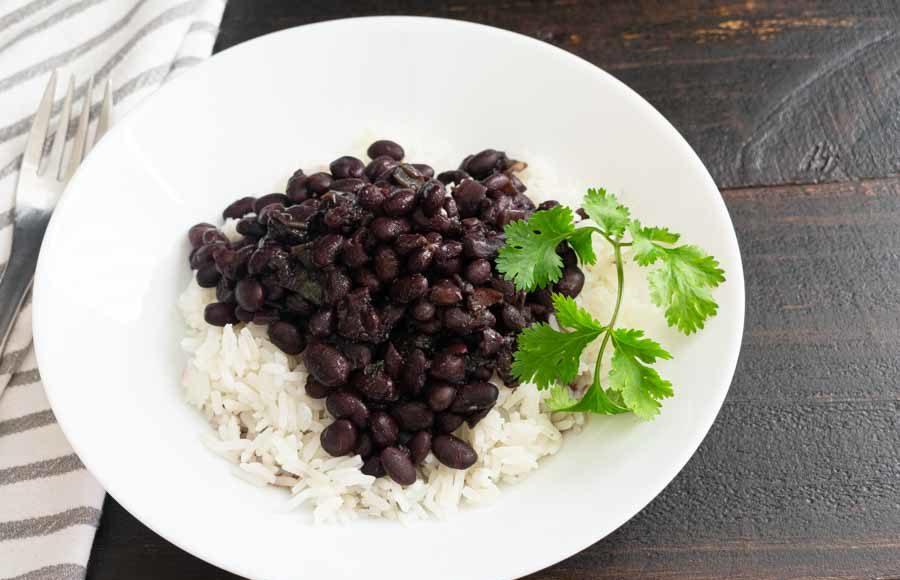 Slow Cooker Cuban Black Beans (Frijoles Negros)
